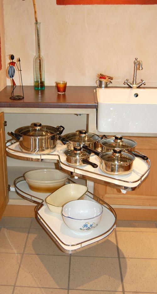 conception sur-mesure d'accessoires pour cuisines